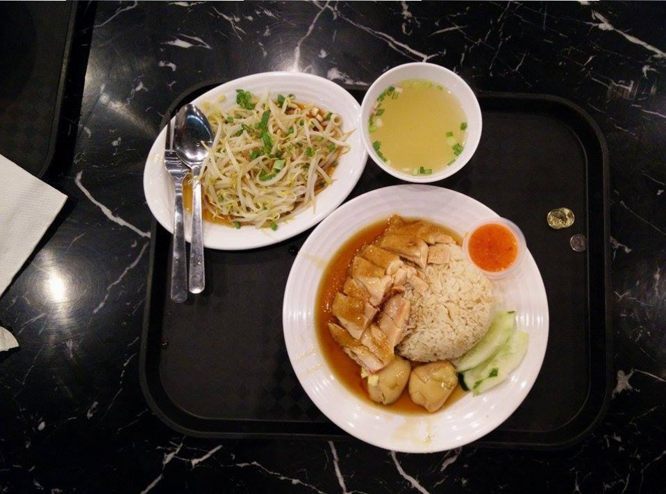 Chicken rice in Mid Valley's food court. This one had a lot of gravy. The hard-boiled eggs add a nice touch to it too. Doesn't it always?